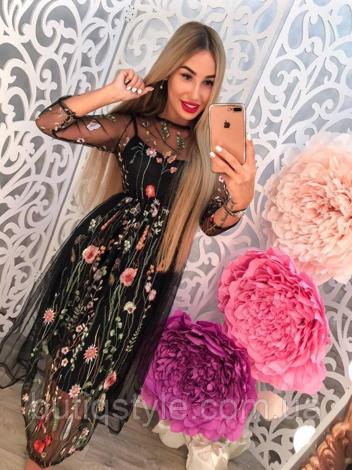 122b11a60c34892 Красивое платье с органзой и вышивкой тренд сезона -