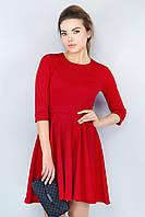 Классическое красное женское платье с рукавом