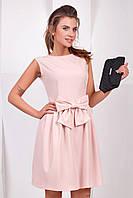 Милое женское розовое платье с бантом без рукавов
