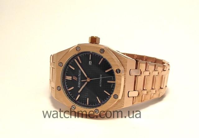 ad91152cb5cf Часы Audemars Piguet Royal Oak это самая известная модель бренда.  Швейцарская мануфактура перевернула рынок часов класса люкс моделью со  стальным корпусом и ...