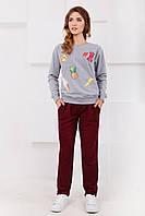 Спортивные женские брюки с защипами цвет бордовый