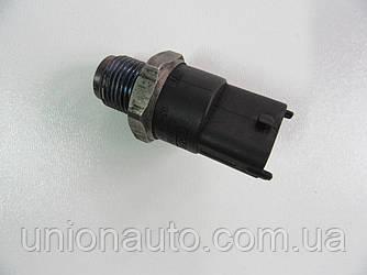 Датчик давления топлива в рейке 1.9JTD 16V ar Alfa Romeo 156 1997-2005