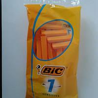 Станок мужской одноразовый для бритья BiC 1 Sensitive 10 шт. Бик 1 сенсетив Оригинал
