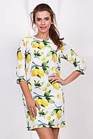 Летнее нарядное женское платье выше колен с рукавом принт Лимоны на белом