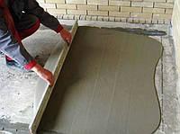 Выравнивание бетонной стяжки цементными смесями