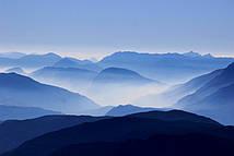 Фотообои Туман над холмами