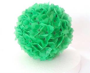 Шар из цветов зеленый
