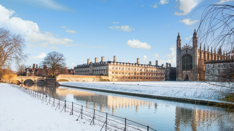 Фотообои Кембридж зимой