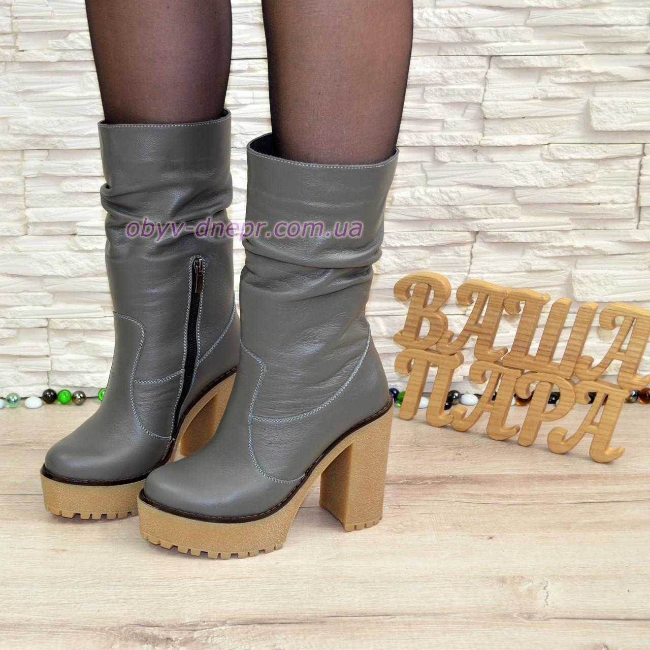 Ботинки кожаные зимние на высоком каблуке, цвет серый.