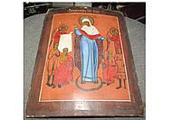 Старинная икона Скорбящей Пресвятой Богородицы