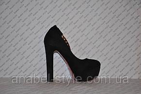 Туфли замшевые с застёжкой на высоком устойчивом каблуке черные, фото 2