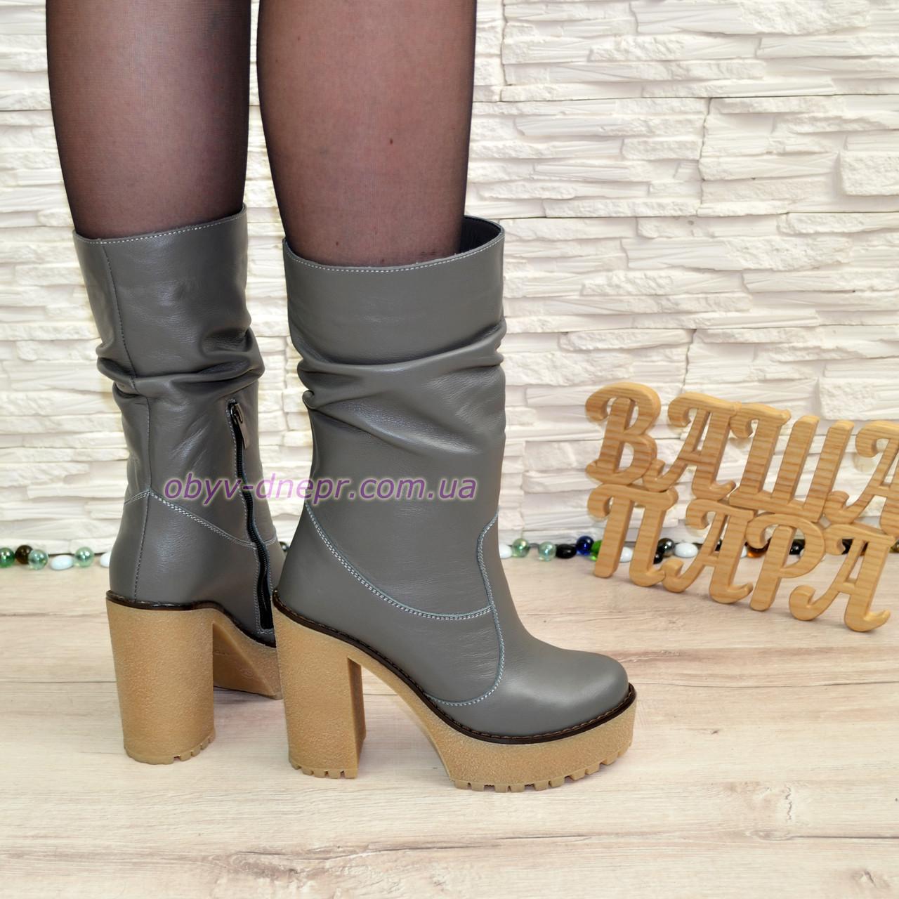 Ботинки кожаные демисезонные на высоком каблуке, цвет серый.
