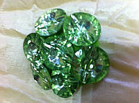 Женская брошка  из 7 камней зеленого цвета круглой формы