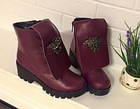 Женские кожаные ботинки на шнуровке Versace