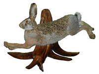 Чучело зайца бегущего