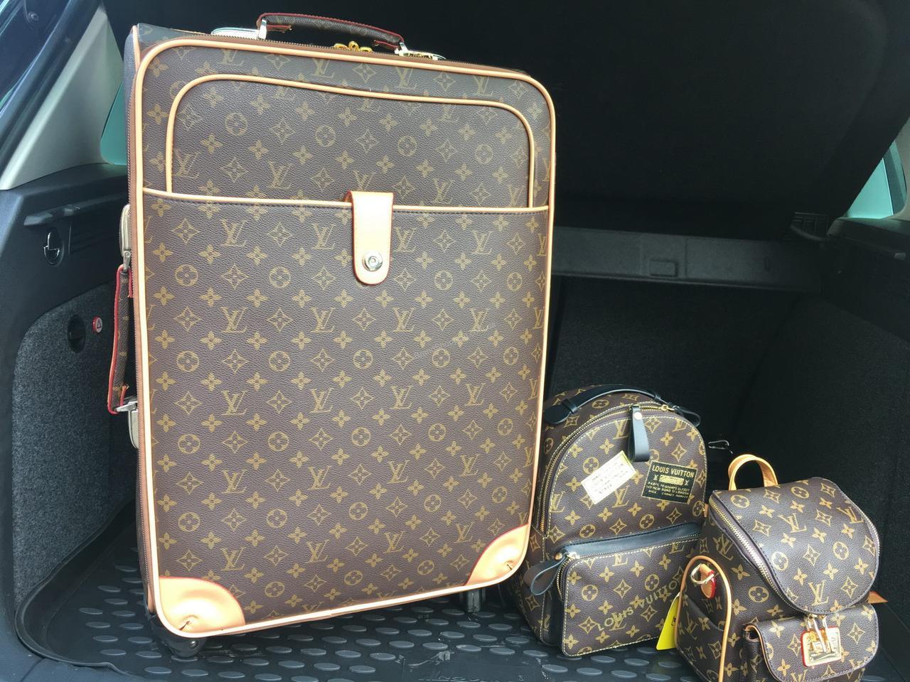 b1da5620eabb Дорожний чемодан Louis Vuitton medium 1363 - купить по лучшей цене в ...