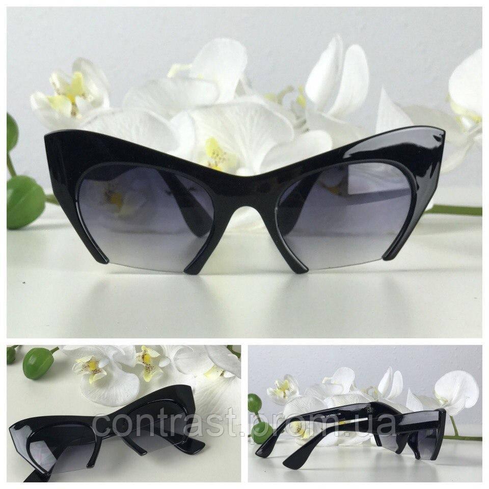 Оринальные солнезащитные очки формы kitten eye c деструктурированной оправой