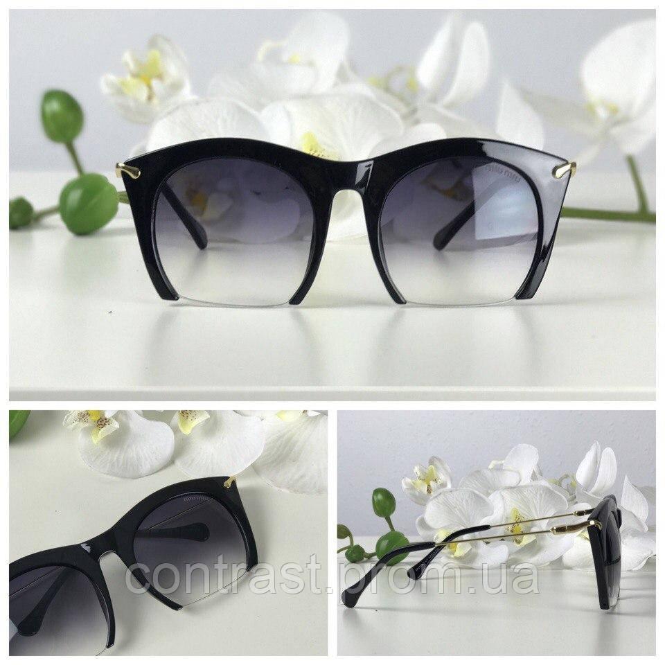 Ультрастильные солнцезащитные очки с асимметричной оправой browliners