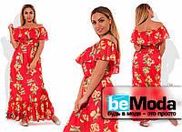 Длинный женский сарафан больших размеров из штапеля с ярким принтом красный