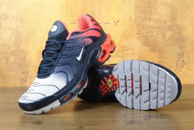 de0f63d9 Кроссовки мужские Nike Air Max TN Red/Black Реплика - купить по ...