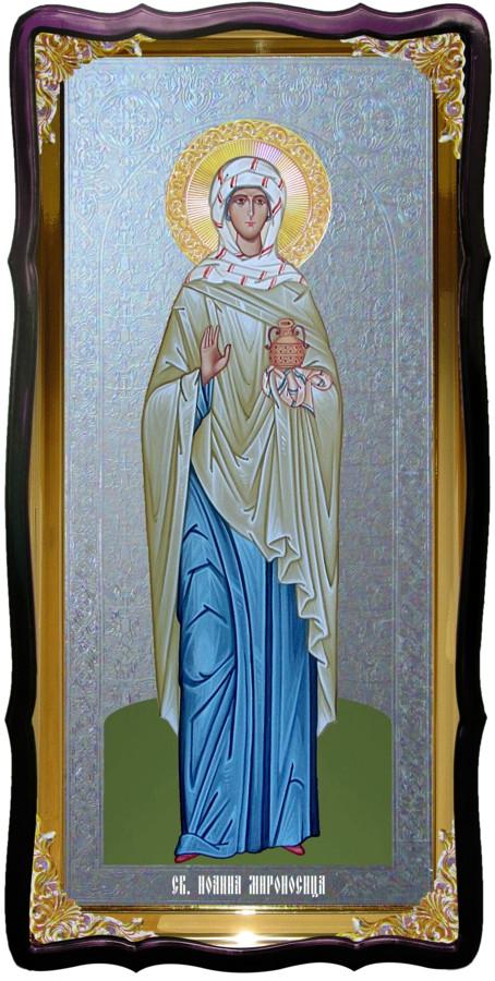 Икона с фоном под серебро Святая Иоанна мирносица в церковной лавке