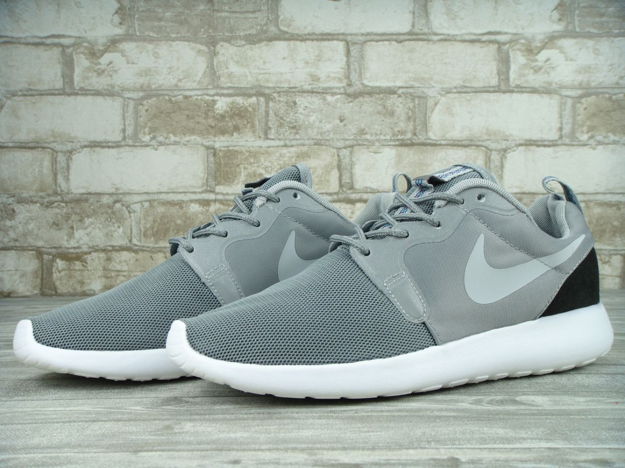 purchase roshe run hyp gray 29e16 a88b5
