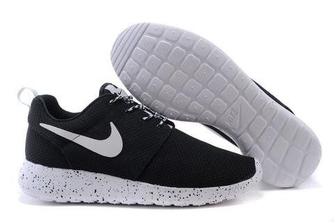 autoryzowana strona obuwie najwyższa jakość Кроссовки мужские Nike Roshe Run Oreo Black/White Реплика