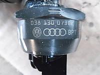 Форсунка дизель электр насос 2.0TDI vw VW Passat B6 2005-2010