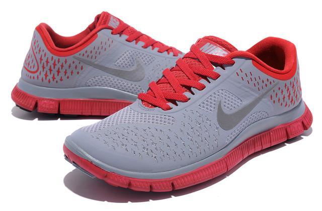 Женские кроссовки Nike Free Run 4.0