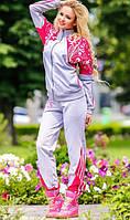 Спортивный костюм с узорным принтом малиновый