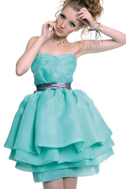 Платья женские стильные с коротким рукавом