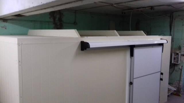 Холодильная камера (+2..+4 С) для  масла и дрожжей, г. Днепр, пр-т Богдана Хмельницкого  1