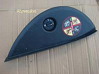 Накладка торпедо боковая правая Renault Megane 3