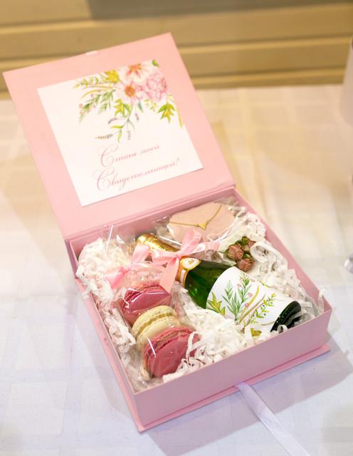 Подарок от свидетельницы на свадьбу