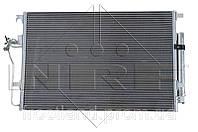 Радиатор кондиционера Mercedes Sprinter 06- / VW Crafter 06-