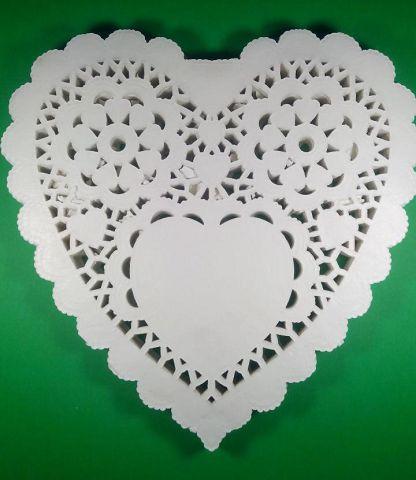 Салфетки бумажные ажурные кондитер Сердце Ф26,7 200шт