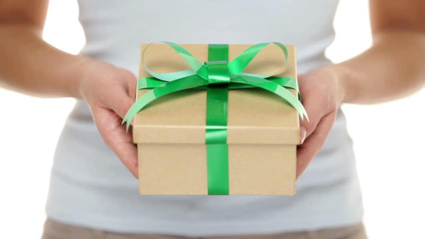 Подарок - сюрприз к акционным моделям школьных рюкзаков