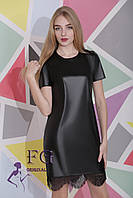 Женское стильное платье мини из экокожи, с кружевом, разные цвета / женское изящное платье, короткое, новинка  черный, 42