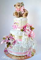 """Торт из памперсов """"Случилось!"""". Подарок новорожденной девочке. 100 шт."""