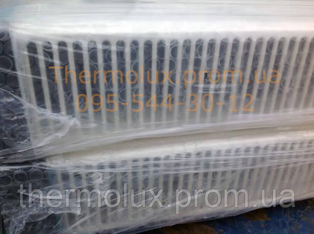 Вид верхней решетки в упаковке радиатора Termal