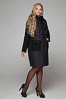 Зимнее женское пальто комбинированное с накладными карманами