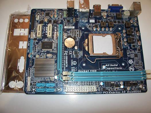 Gigabyte GA-H61M-DS2  Socket 1155 Б/У Полностью рабочая