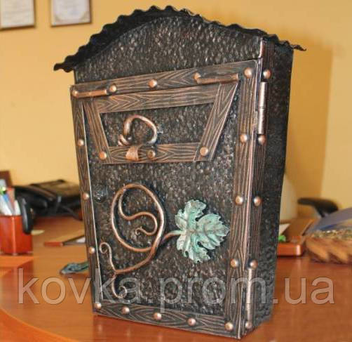 Кованый почтовый ящик