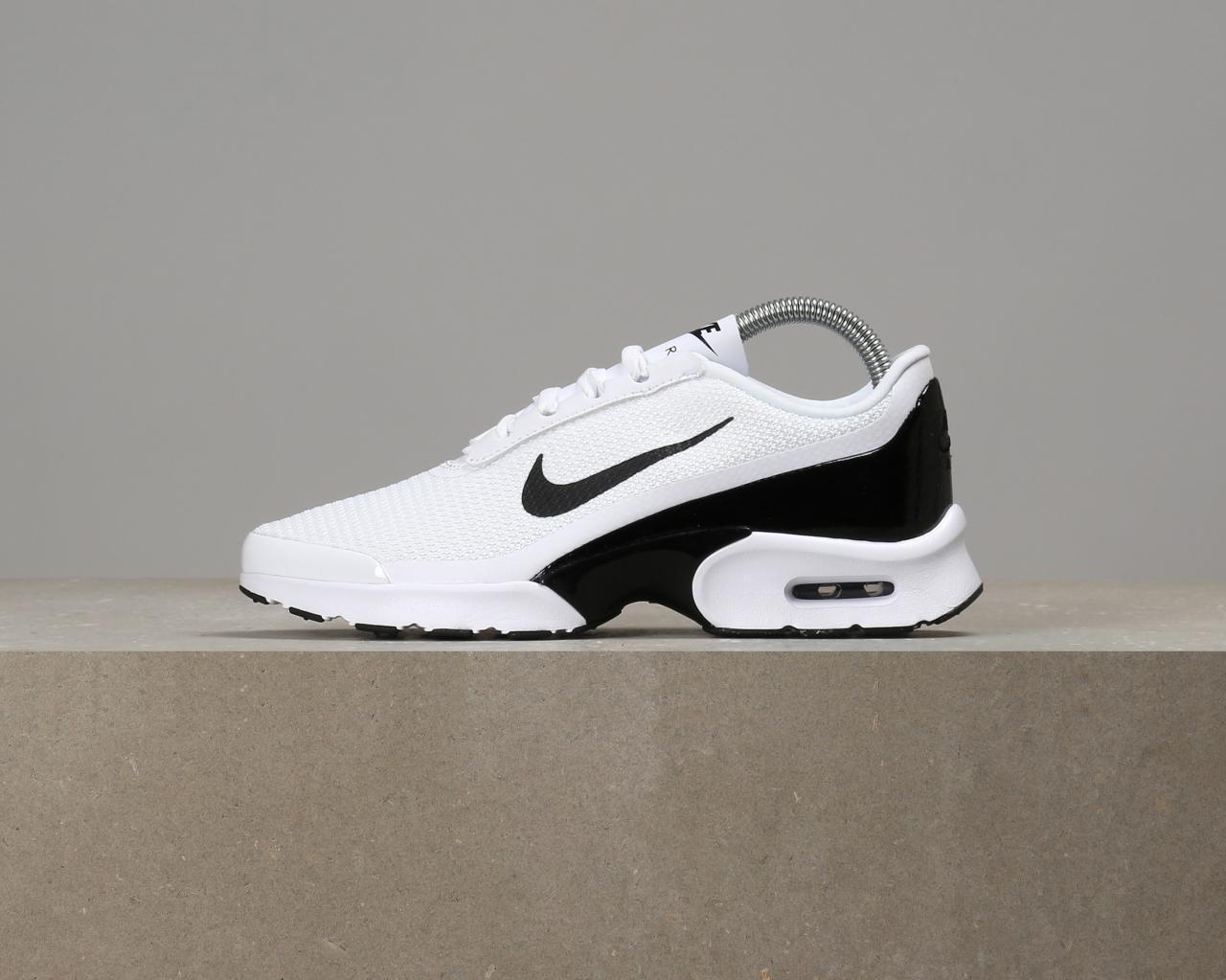 5b925fab Кроссовки Nike Air Max Jewell