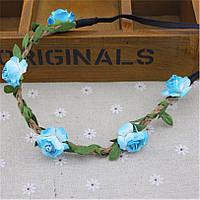 Красивый веночек из цветов голубого цвета