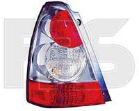 Фонарь задний для Subaru Forester 06-08 правый (DEPO) хромированный отражатель