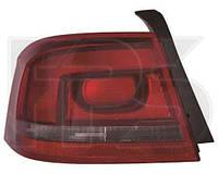Фонарь задний для Volkswagen Passat B7 10- левый (DEPO) дымчатая полоска