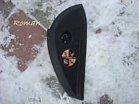 Накладка торпедо боковая правая Renault Laguna 3