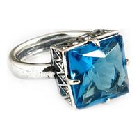 "Кольцо ""Град"" с кристаллами Swarovski, покрытое серебром (e5153040)"