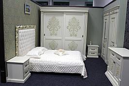 Деревянная спальня  из массива ольхи